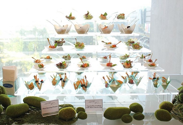 Pagoda Display Large Buffet Dessert Display Acrylic