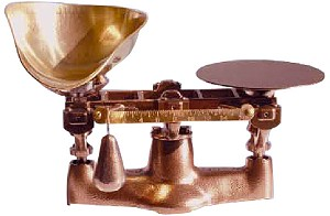 Heirloom Scale with Brass Scoop