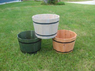 Cedar Whiskey Barrel Planter Set Of 4 Barrels Cedar Tubs